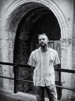 """Guglielmo Aprile, poeta metropolitano e metafisico """"arrabbiato"""""""